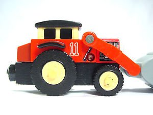 Thomas Wooden railway Jack Front loader tractor