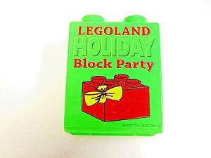 2007 Legoland California LEGO brick Holiday Block party promotional Green brick