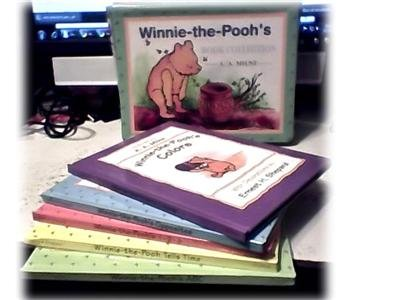 WINNIE-THE-POOH~5 BOOKS~ABC~COLORS~TIME~1-2-3~BOXED SET