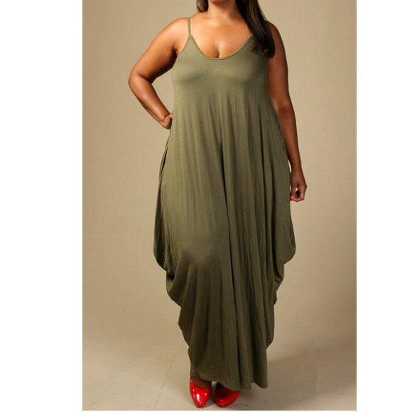 Plus Size Sleeveless Tank Jersey Maxi Dress with Pockets (2XL)