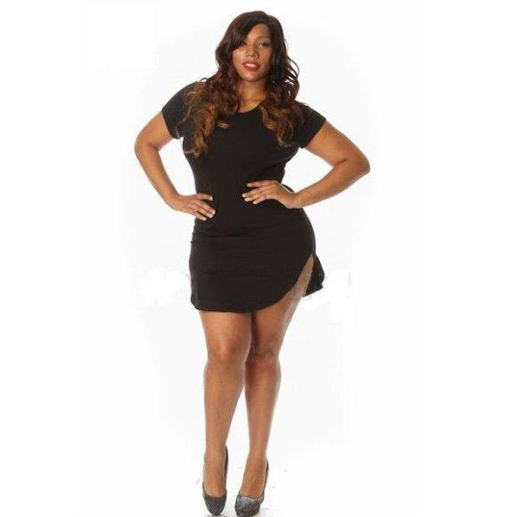 Plus Size Solid Color Short Sleeve Curved Hem Mini Dress Black (2XL)