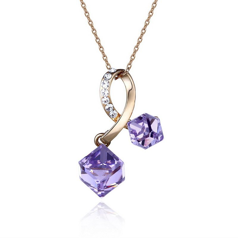Zinc Alloy Pendant Necklace Made with Swarovski Elements Crystal