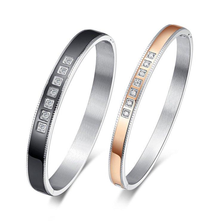 Diamond Embellished Hinge Clasp Bangle