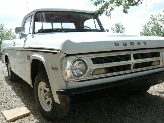 1970 Dodge D100 RARE SHORTBED