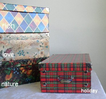 4 Medium Decorative Storage Boxes - LOVE Pattern