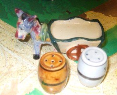 VINTAGE SALT & PEPPER SHAKERS CERAMIC Donkey Wagon