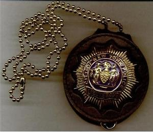 NYPD-Style Lieutenant Badge Cut-Out Neck Hanger with Chain (Badge Not Included)