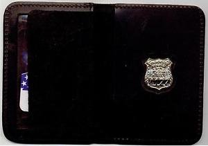 NYPD-Style-Officer Family Member Mini Wallet (with Random Numbered Mini)