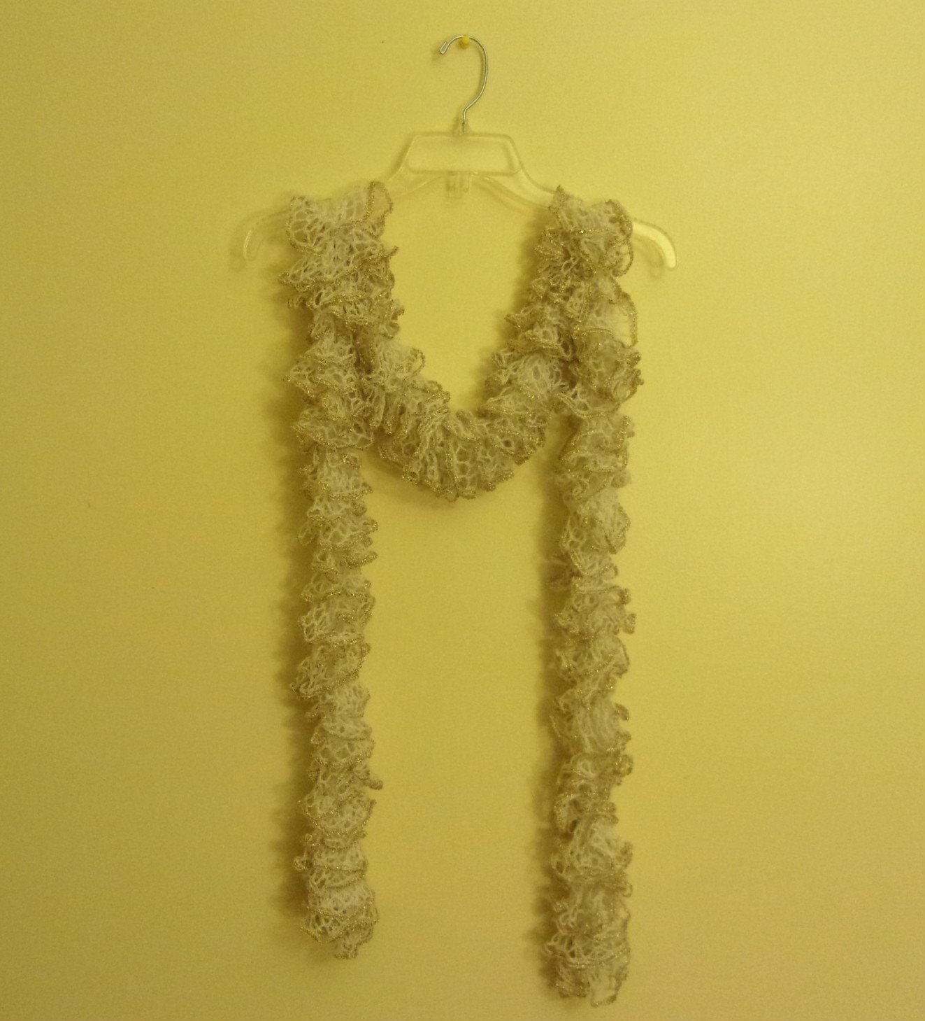 Women's Teen Ruffle Scarf Scarves White & Gold