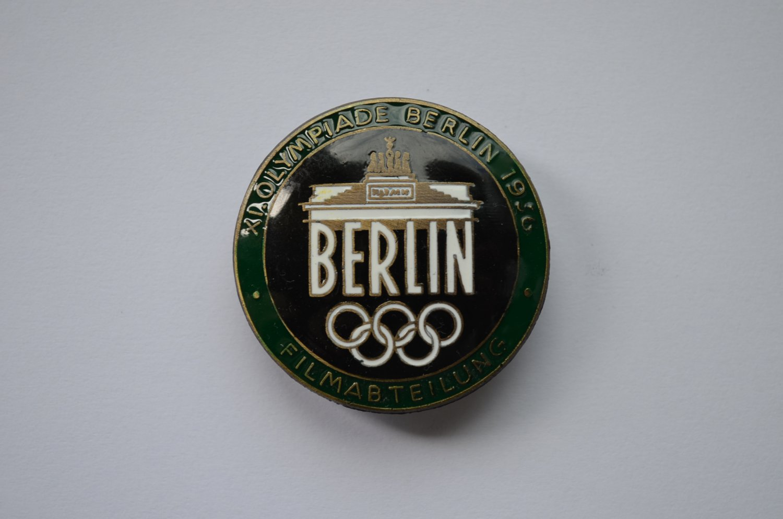 WWII THE GERMAN BADGE XI OLYMPIADE BERLIN 1936 FILMABTEILUNG GREEN