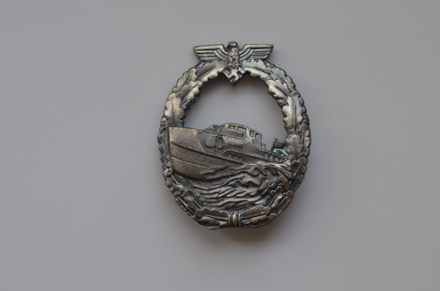 WWII THE GERMAN BADGE KRIEGSMARINE E-BOAT FIRST VERSION