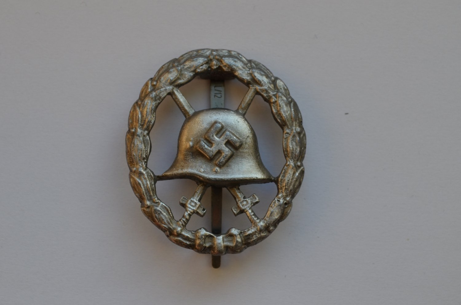 WWII THE GERMAN GOLD BADGE WOUND