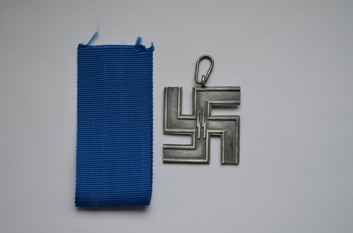 WWII GERMAN MEDAL LONG SERVICE AWARDS OF THE SS WAFFEN SS 12 YEARS