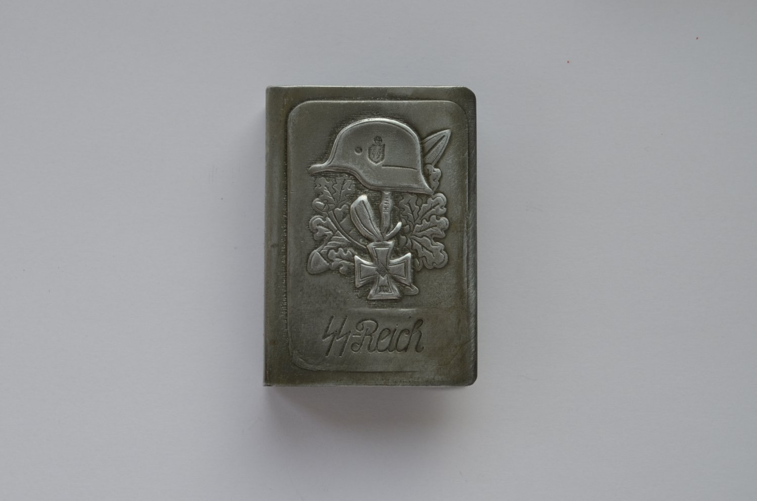 WWII THE GERMAN HOLDER/COVER ON MATCHBOX WAFFEN SS SS-REICH