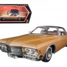 1971 Buick Riviera GS With Vinyl Top Gold 1/18 Diecast Model Car by Road Signature