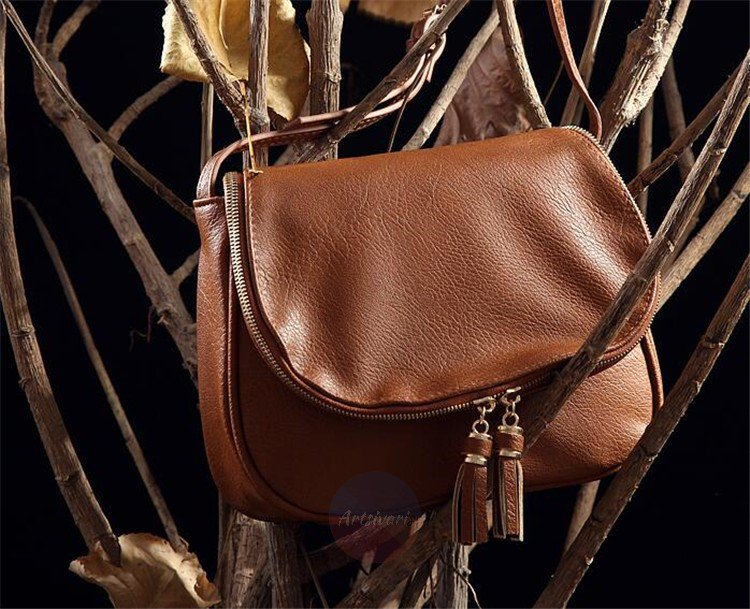 Artsivaris Small Tassel Leather Handbag Women Casual Messenger Shoulder Bag