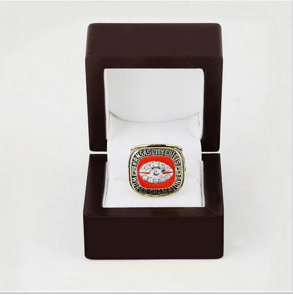 1969 Kansas City Chiefs Super Bowl  Championship Ring Size 12 With High Quality Wooden Box