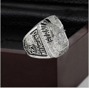 2008 Detroit Red Wings NHL Hockey Stanely Cup Championship Ring 10-13 size with cherry wooden case