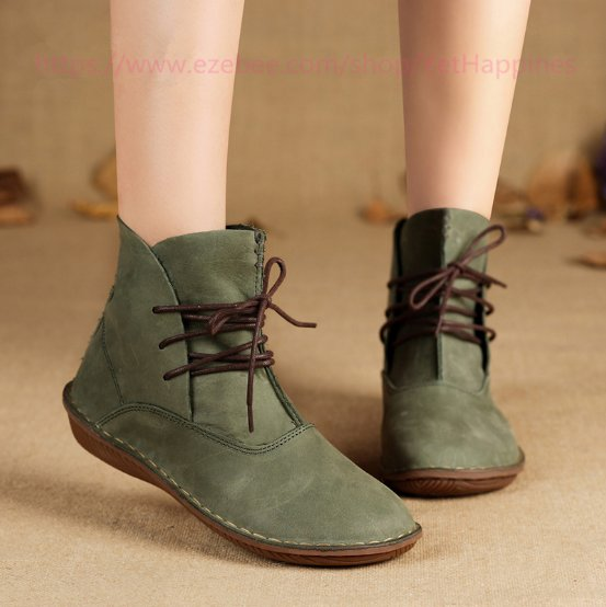 Women Vintage Leather Boots - Green