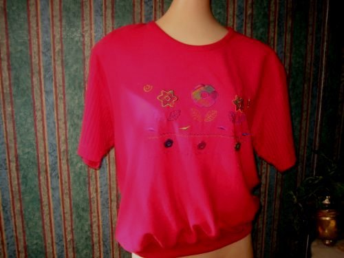 # 1  Dolly Hippy Flower Applique vintage 80s banded Tee Shirt .M