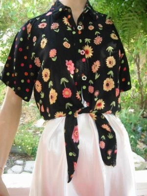 60s vintage Crop Top ties blouse DAISY button Hippie boho VLV.. M