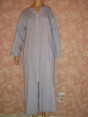 Vintage cotton Miss Elaine Robe or Nightgown Zip Front check Blue White Summer Rare HTF