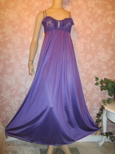 Maidenform 70s Vintage Nightgown S M Ruffle Bust Long Full Sweep Purple