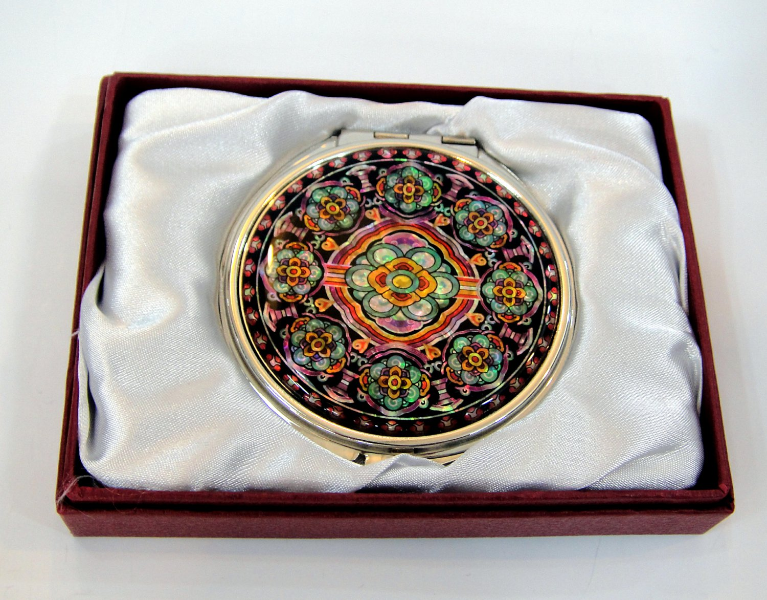 oriental mother of pearl lacquered pretty hand cosmetic mirror b1