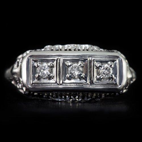 1930s VINTAGE 3 STONE DIAMOND COCKTAIL RING OLD FILIGREE 14K WHITE GOLD ART DECO