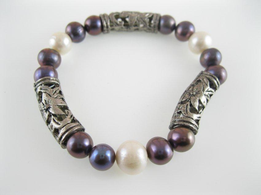 freshwater  white pearl bracelet with vintage spacer bar,00536SC