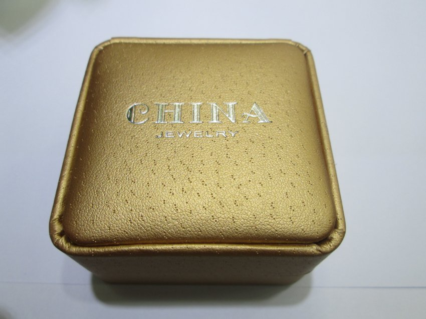 gold Leatherette jewelry box for pearl earring,01023BE