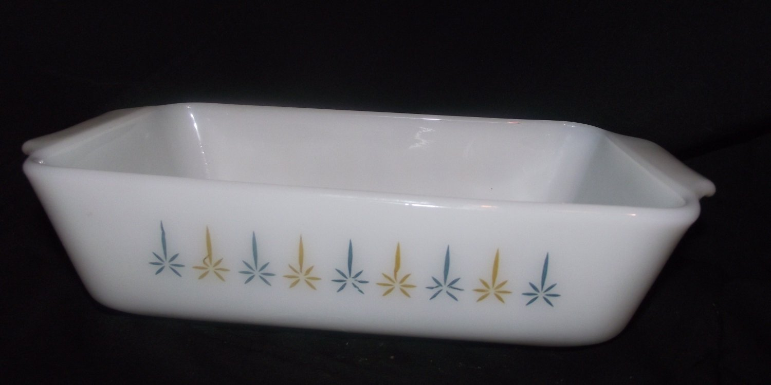 Fire King # 441 Candle Glow 1 Qt. Loaf Bread Pan Dish Vintage Milk Glass Anchor Hocking