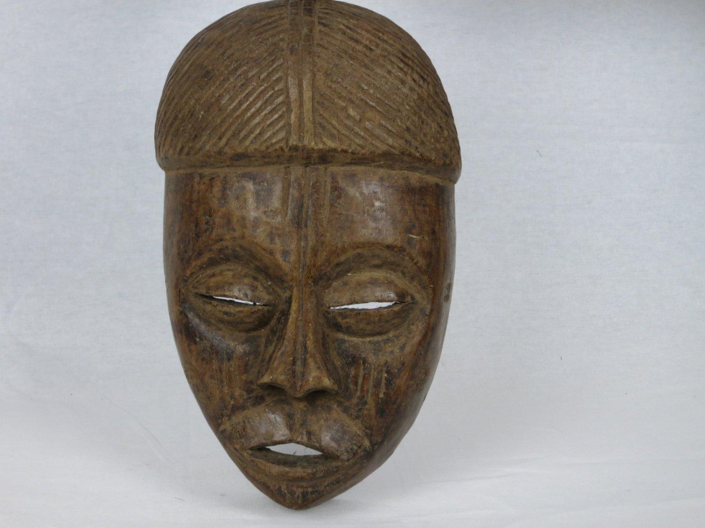 Tribal art mask-CHGOKWE- DR Congo