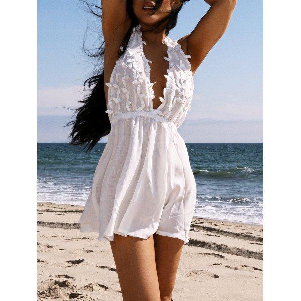 Women's Stylish Plunging Neck White Sleeveless Lace Dress