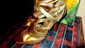 GUESS BY MARCIANO SANDAL HEELS GOLD LAME CRISSCROSS ANKLE  SIZE10M