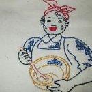 BLACK AMERICANA  VINTAGE FEEDSACK CUPTOWEL  LADY STIRRING BOWL VINTAGE 1946.
