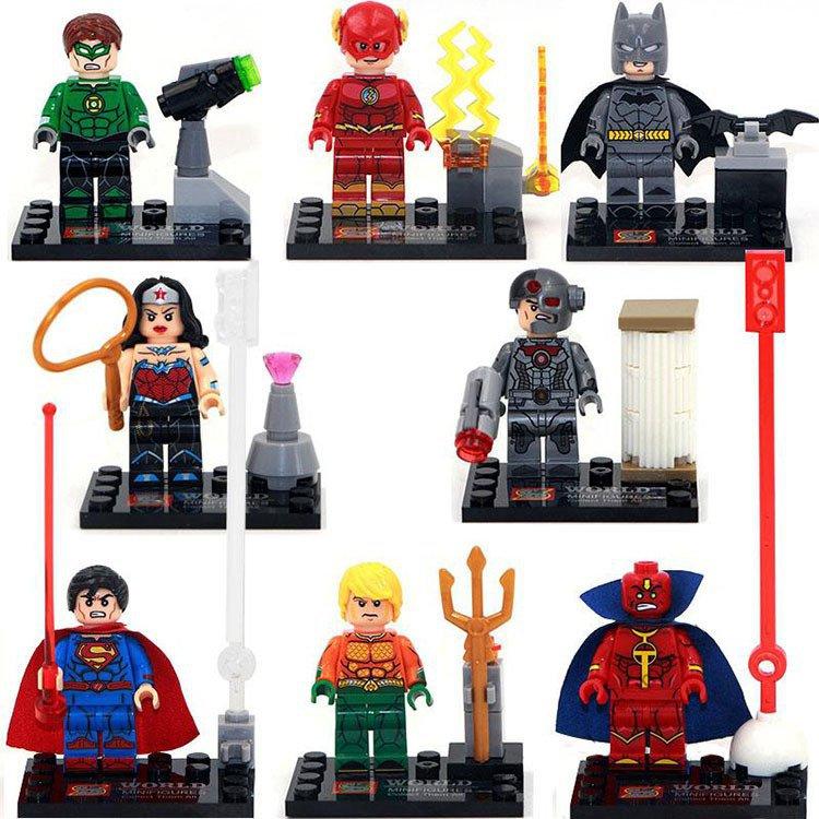 Marvel Super Hero Superman Batman The Flash Lego Minifigure Compatible Toy