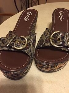 Women's Grazie Wedges Jupiter  Size 11