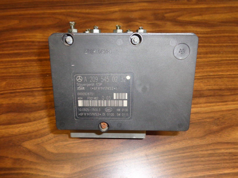 02 MERCEDES C CLASS C240 ABS PUMP MODULE ANTI LOCK BRAKE A2095450232 C230 01-06