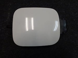 98 99 00 01 02 03 04 05 BEETLE FUEL DOOR GAS LID COVER PANEL TRIM WHITE