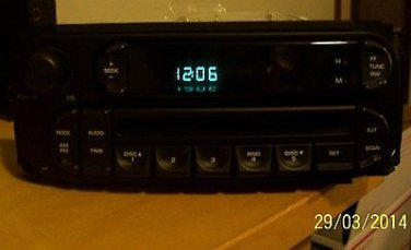 OEM 2002-05 DAIMLER CHRYSLER AM FM CD RADIO P05091506AE 2 DIN