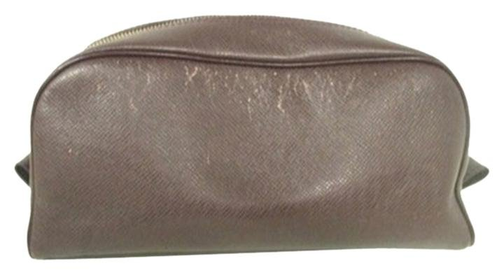 Louis Vuitton Taiga Brown Toiletries Cosmetic Pouch LVAV108