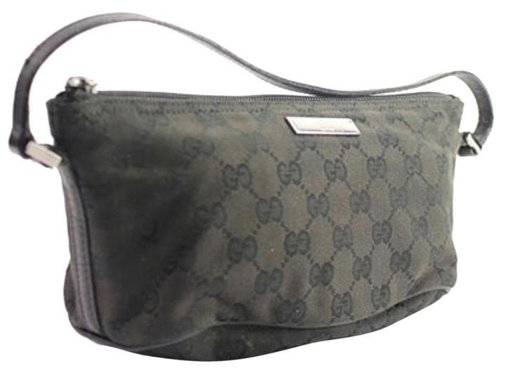 Gucci Gg Wristlet 133gga104 Satchel