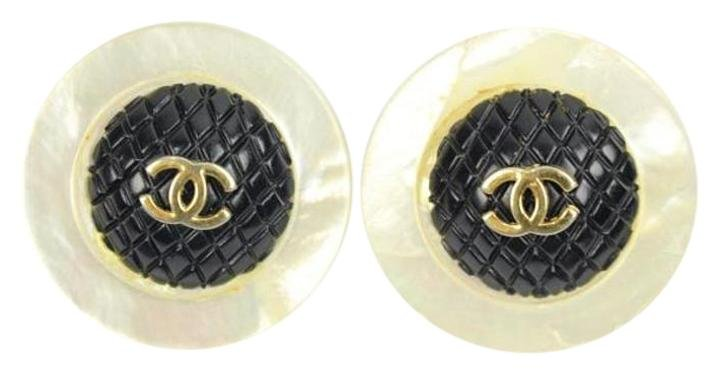 Chanel Mother of Pearl CC Clip On Earrings CCTY24