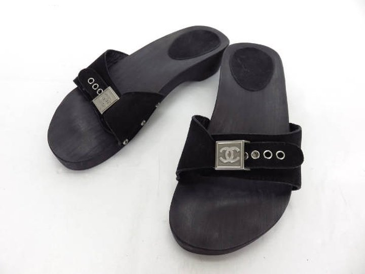 Chanel Cc Clog 212543 Black Sandals