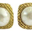Chanel Pearl Earrings 52CCA11317
