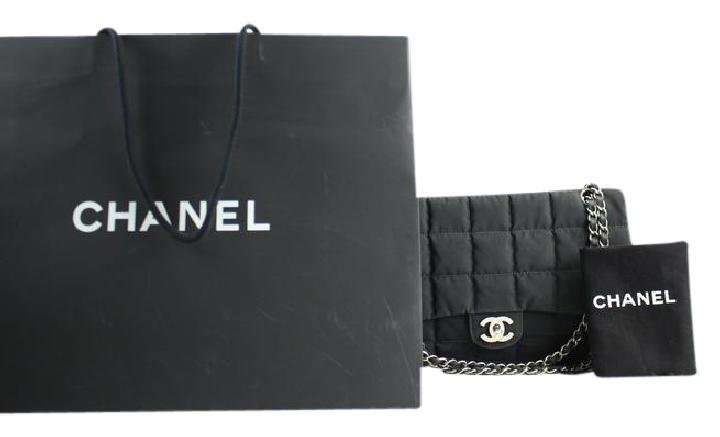 Chanel Quilted Jumbo Classic Flap Shw 25cca12317 Shoulder Bag