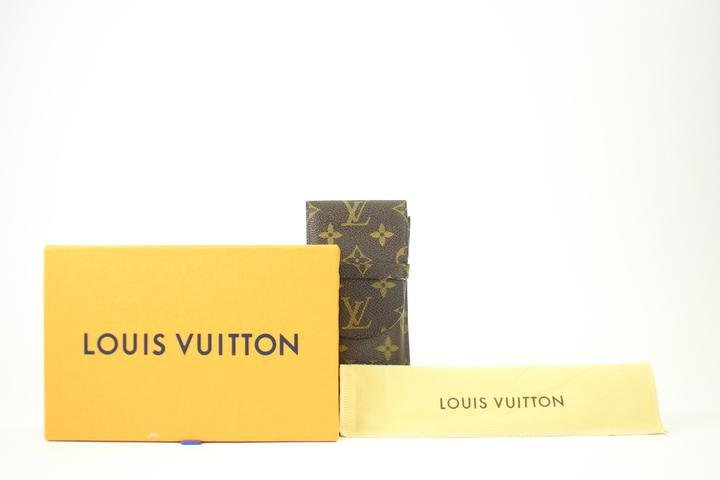 Louis Vuitton Monogram Etui Sunglass Case 214704