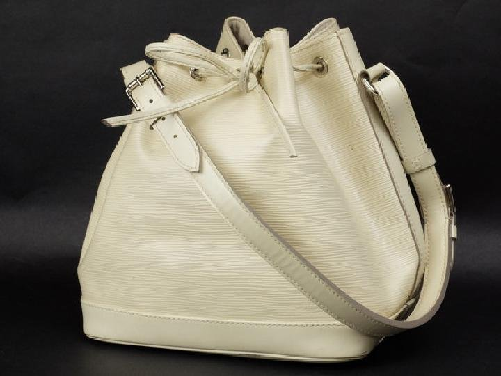 Louis Vuitton Ivory Epi Noe Hobo 213511 Shoulder Bag