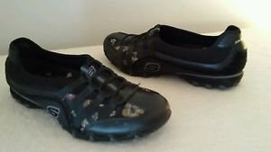 Women's Skechers  Black Leather,Floral Slip-on Casual Shoes Size 8